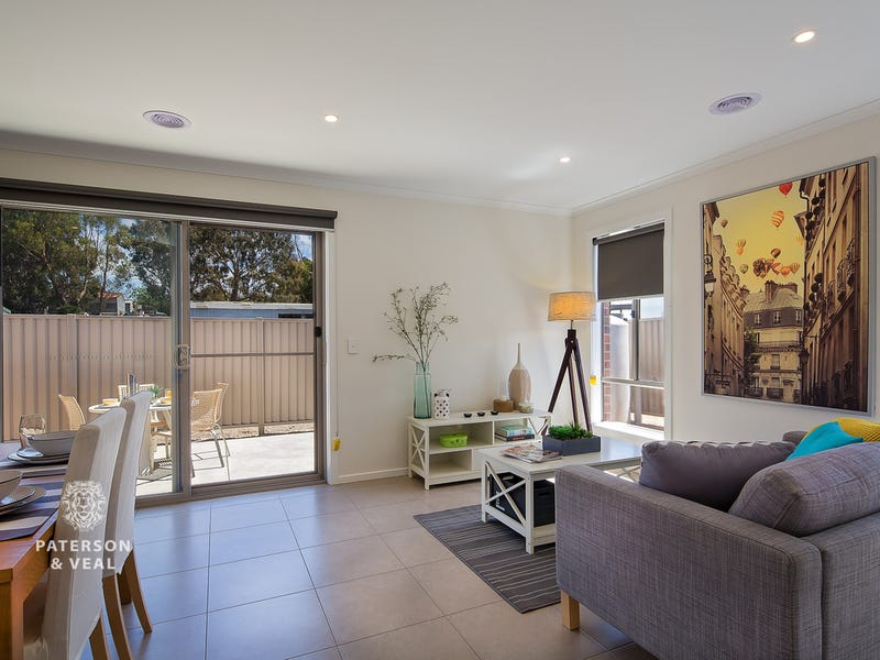 3/11 Spencer Street, Canadian, Vic 3350