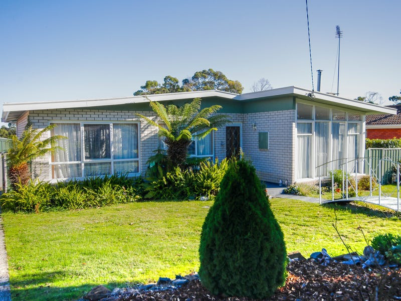 49 Surrey Street, Devonport, Tas 7310