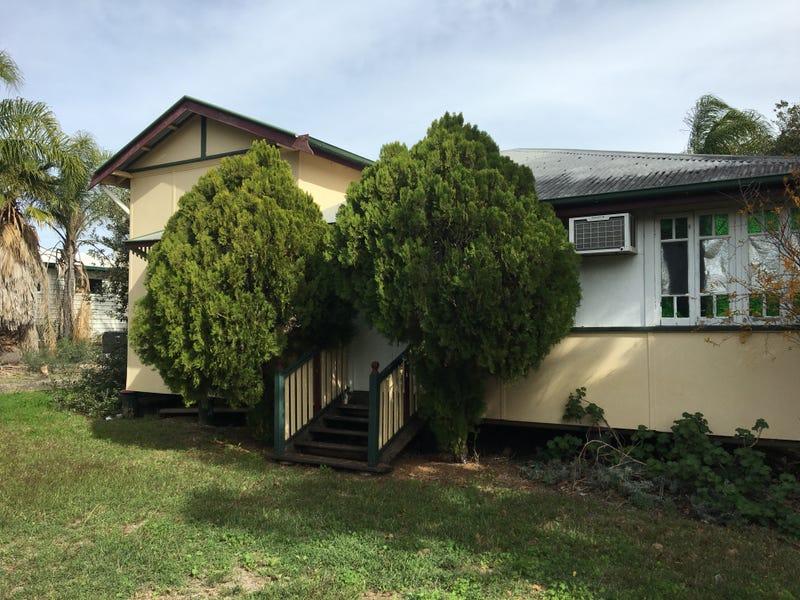25 Eclipse Street, Springsure, Qld 4722