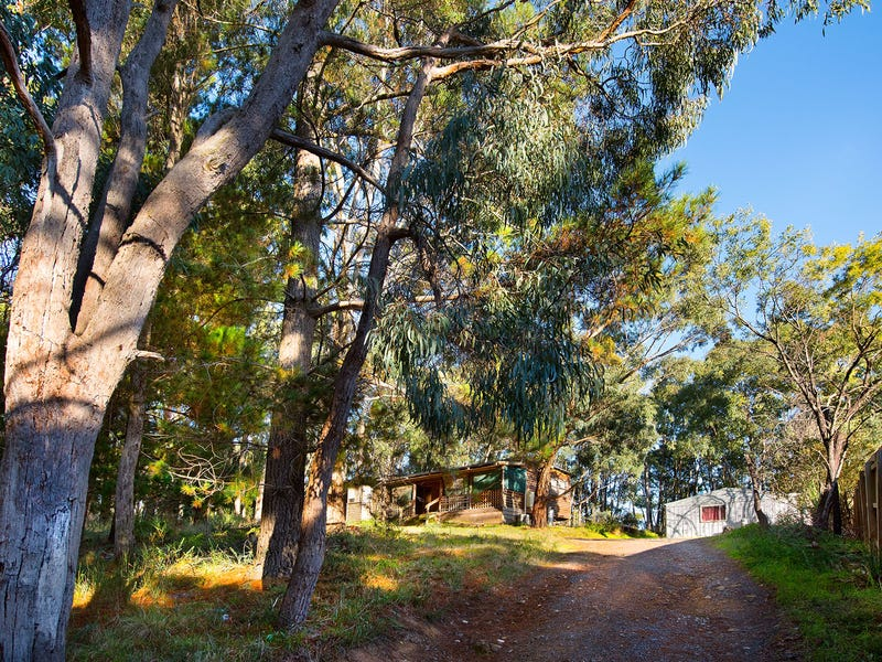 38 Connells Gully Rd, Daylesford, Vic 3460