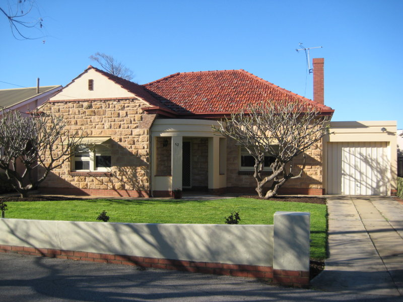 52 DINWOODIE AVE, Clarence Gardens, SA 5039