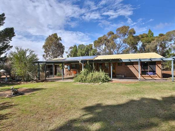 42 Twenty Second Street, Koorlong, Vic 3501