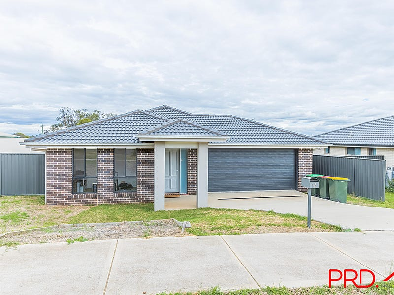 14 Francis Avenue, Tamworth, NSW 2340