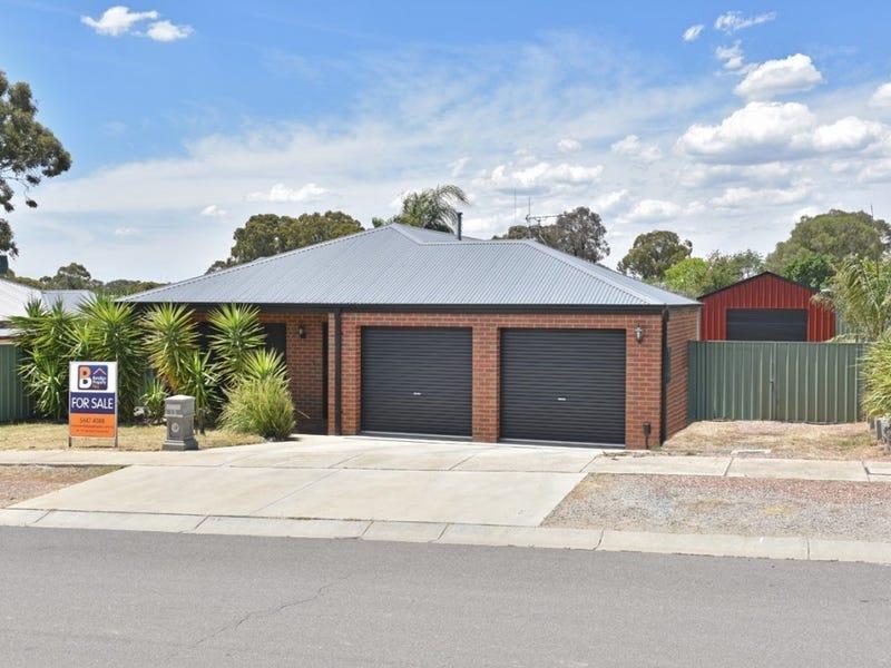 15 St George Park Drive, Kangaroo Flat, Vic 3555