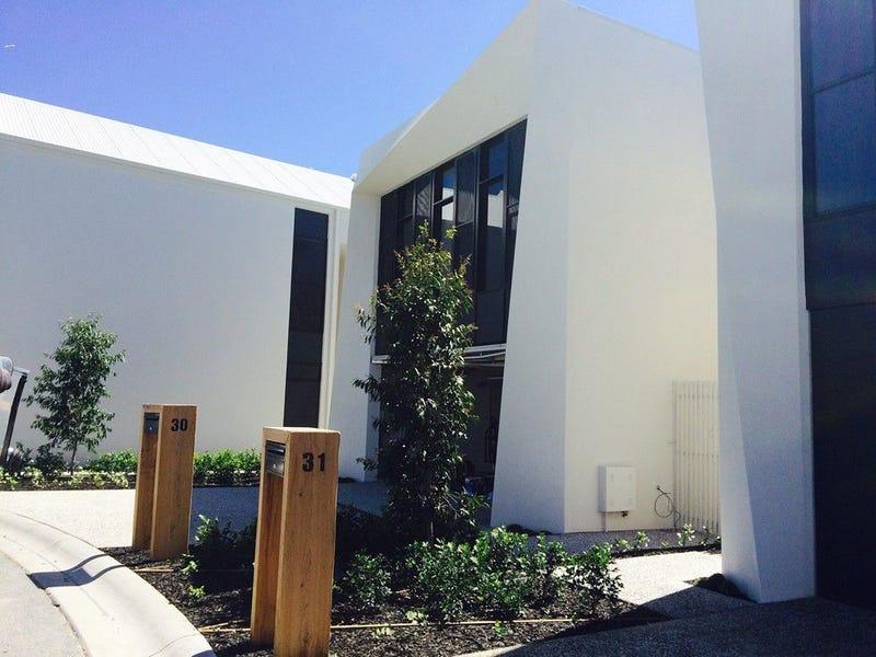 31 Peninsula Drive, Robina, Qld 4226