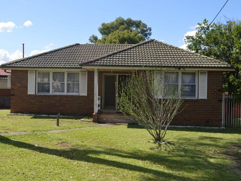 19 Mariana Crescent, Lethbridge Park, NSW 2770