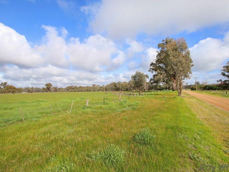 35 Gunn Road, Benalla, Vic 3672