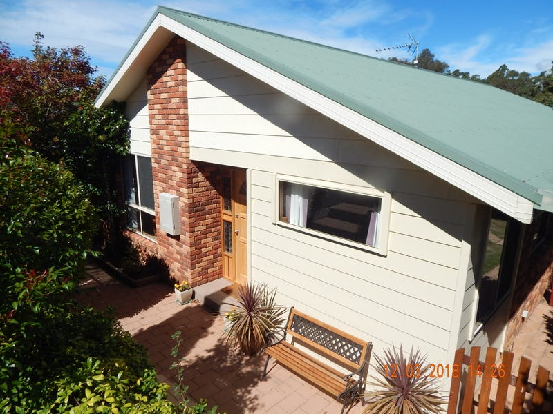 25 Walker Street, Forth, Tas 7310
