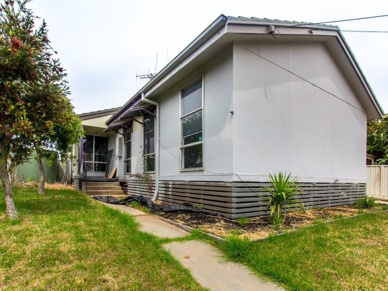 12 Truscott Avenue, California Gully, Vic 3556
