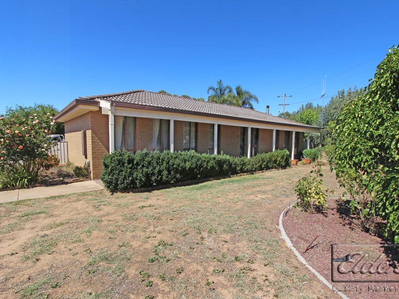 2 Pine Grove, Goornong, Vic 3557