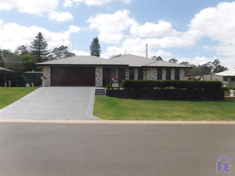 19 Darryl Crescent, Kingaroy, Qld 4610