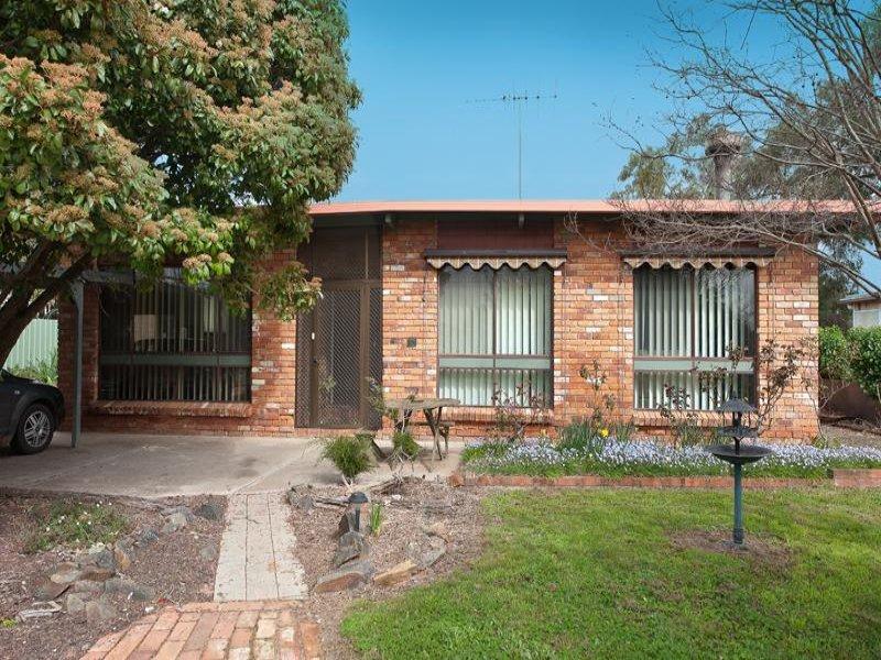 14 Urana Road, Burrumbuttock, NSW 2642