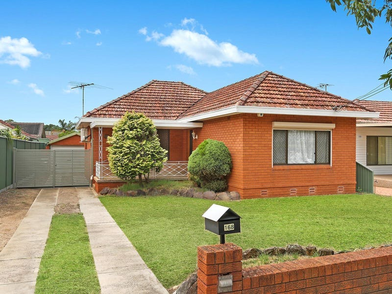 168 Gibson Avenue, Padstow, NSW 2211