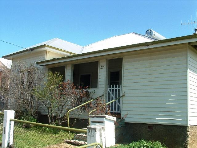 37 Gidley Street, Molong, NSW 2866