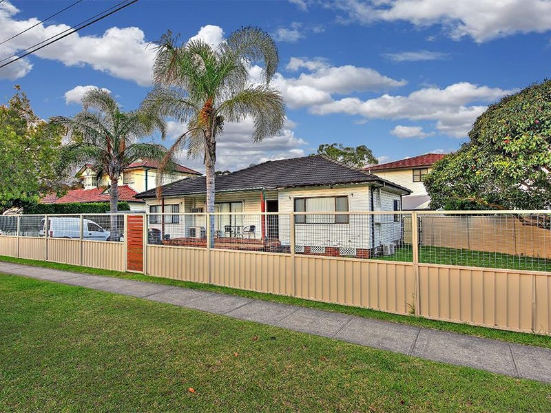 82 Morotai Road, Revesby Heights, NSW 2212