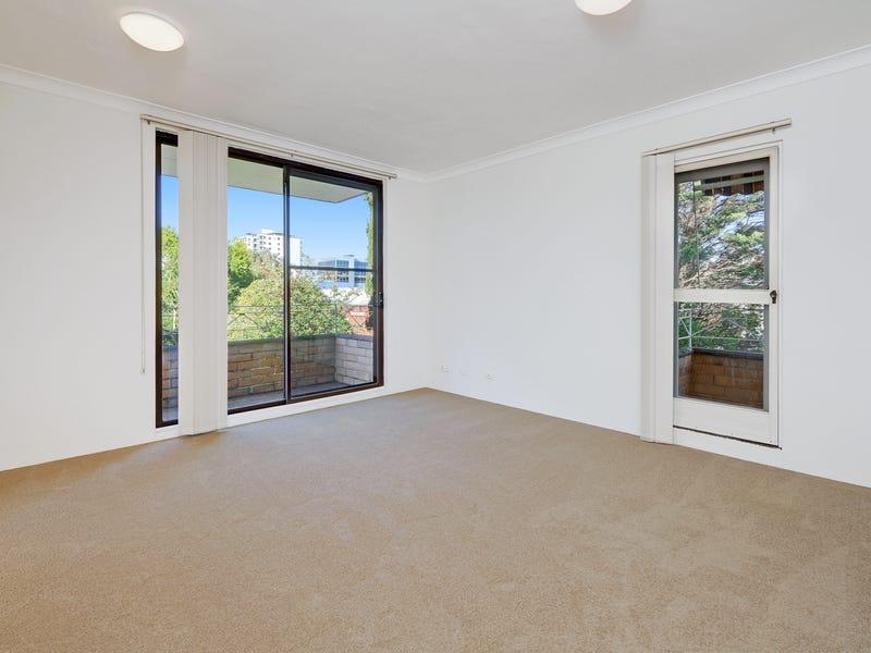 3/82-84 Hunter Street, Hornsby, NSW 2077