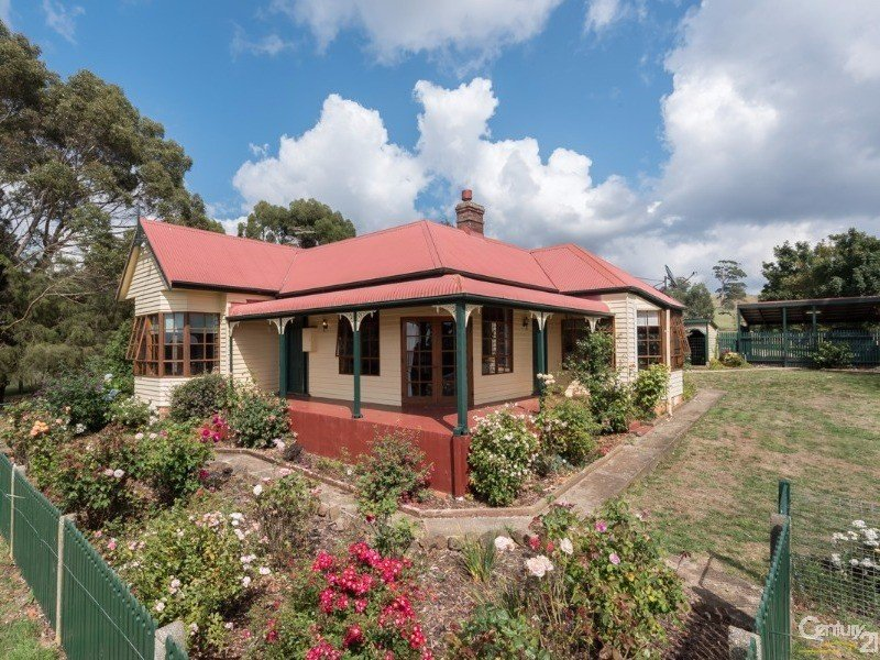 220 Cradle Mountain Road, Wilmot, Tas 7310