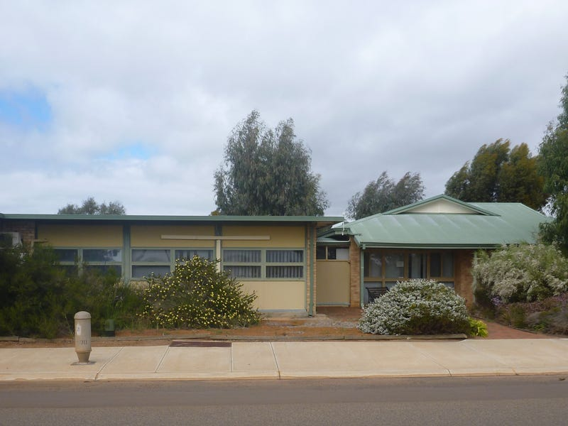 50 STUBBS STREET, Lake Grace, WA 6353