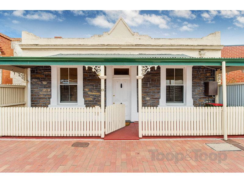 bf0be933b 13 Hamilton Place, Adelaide, SA 5000 - realestate.com.au