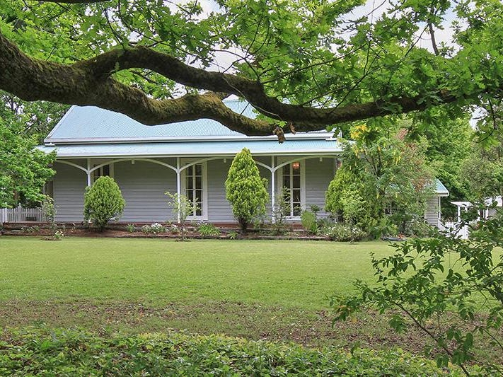 178 High Street, Woodend, Vic 3442