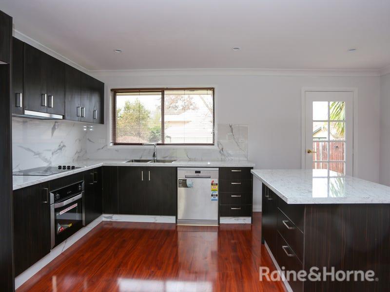 160 Bentinck Street, Bathurst, NSW 2795