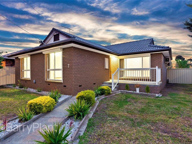 7 Cromwell Road, Kings Park, Vic 3021