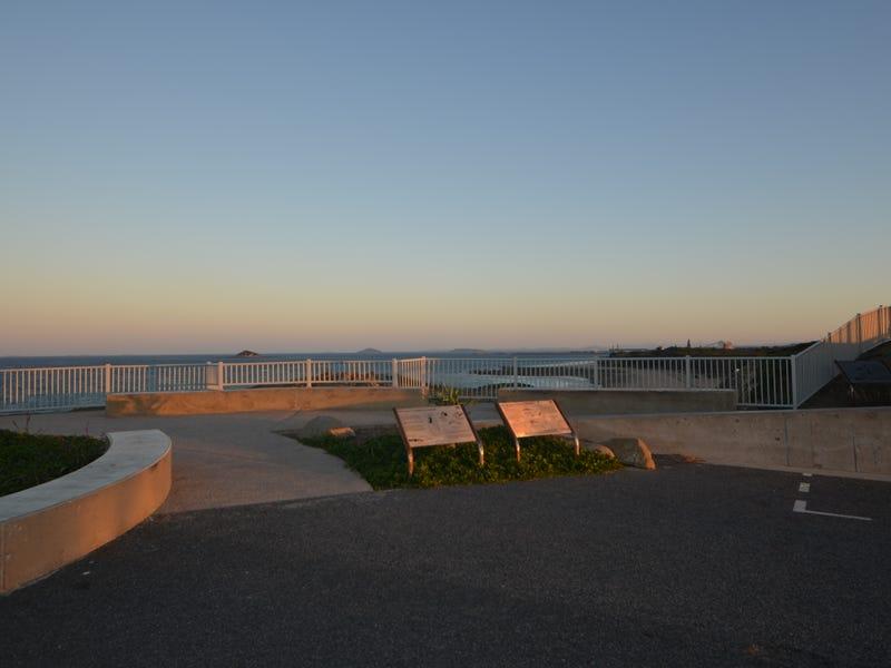 16 Pacific Esplanade, Slade Point, Qld 4740