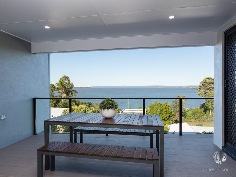 21/152 Broadwater Terrace, Redland Bay, Qld 4165