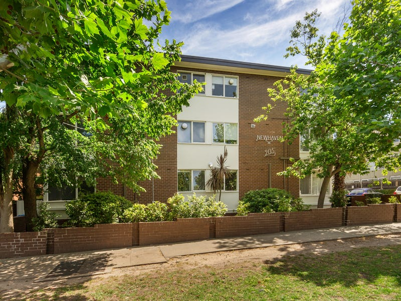 4/205 Dandenong Road, Windsor, Vic 3181