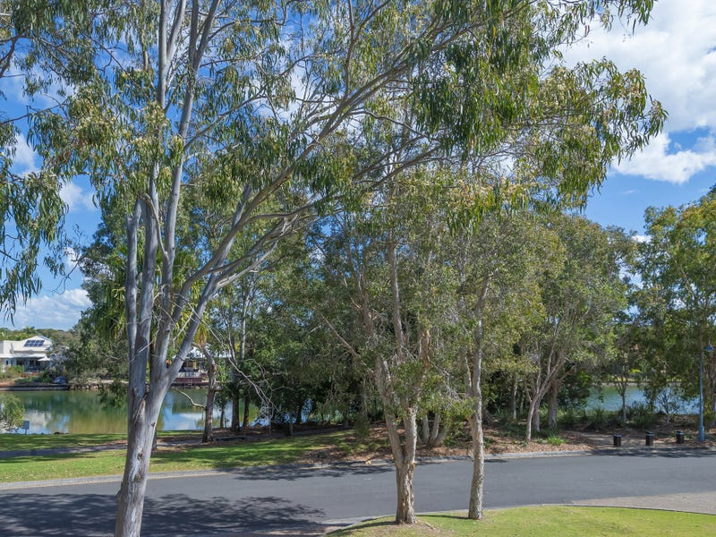 13 Twin Waters Dr, Twin Waters, Qld 4564