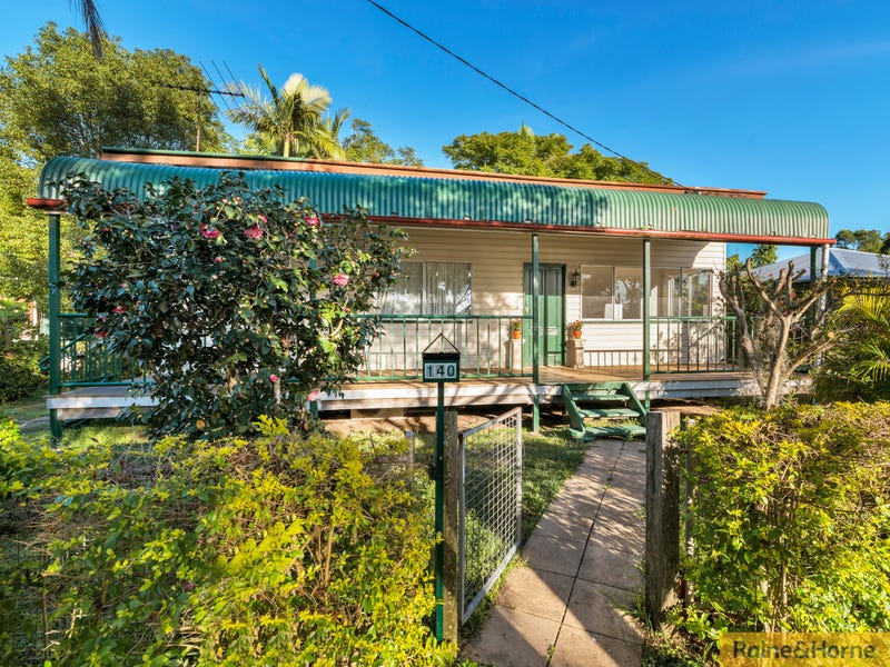 140 ARCHER STREET, Woodford, Qld 4514