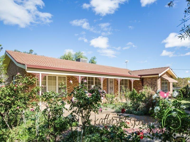 93 Myrtle Street, Gilgandra, NSW 2827