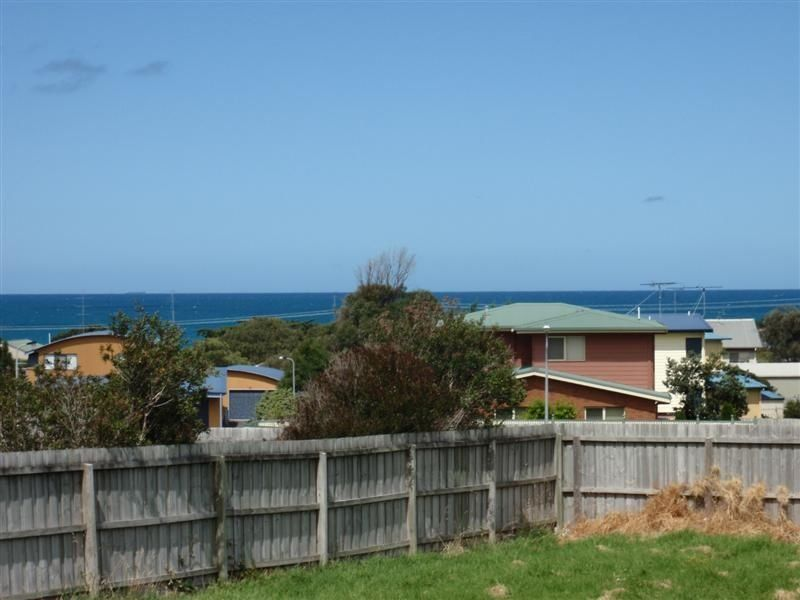 33 Seaview Drive, Apollo Bay, Vic 3233