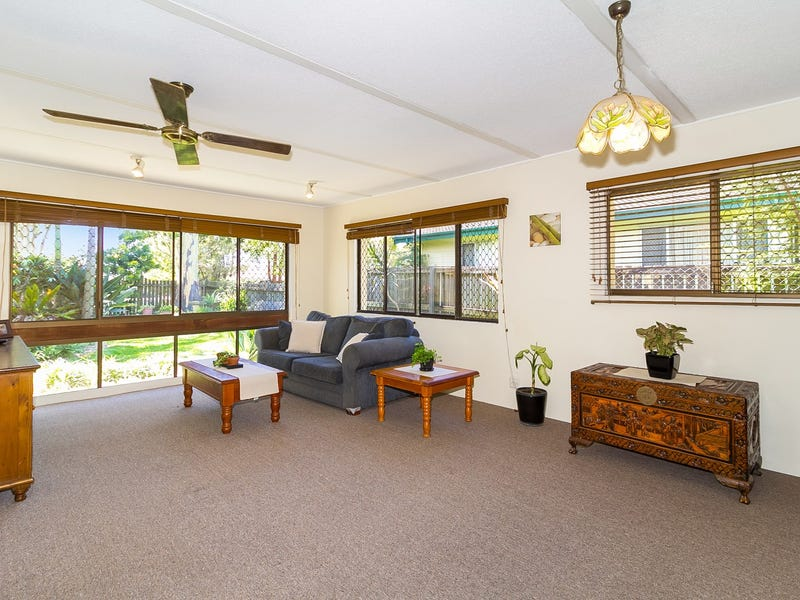 10 Baybreeze Street, Manly West, Qld 4179