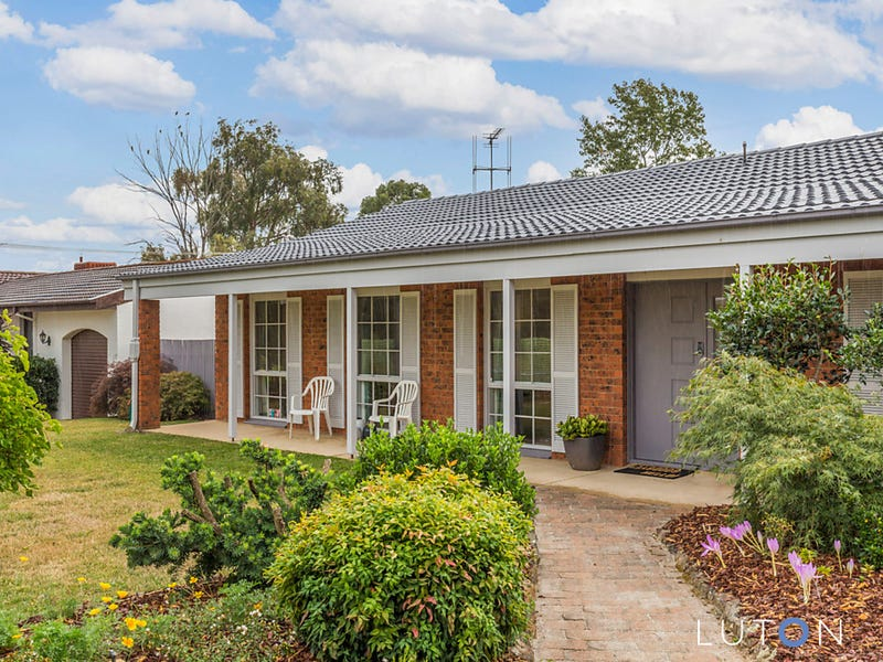 10 Clubbe Crescent, MacGregor, ACT 2615