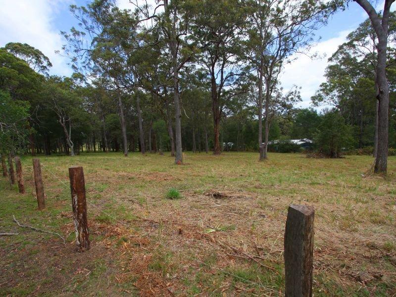 3 Bushland  Close, Woodford Island, NSW 2463