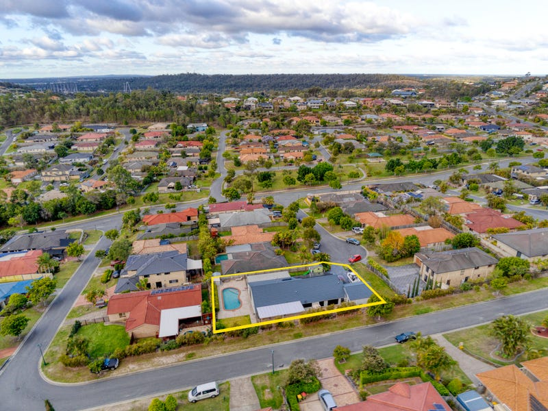 9 Cann Close, Pacific Pines, Qld 4211