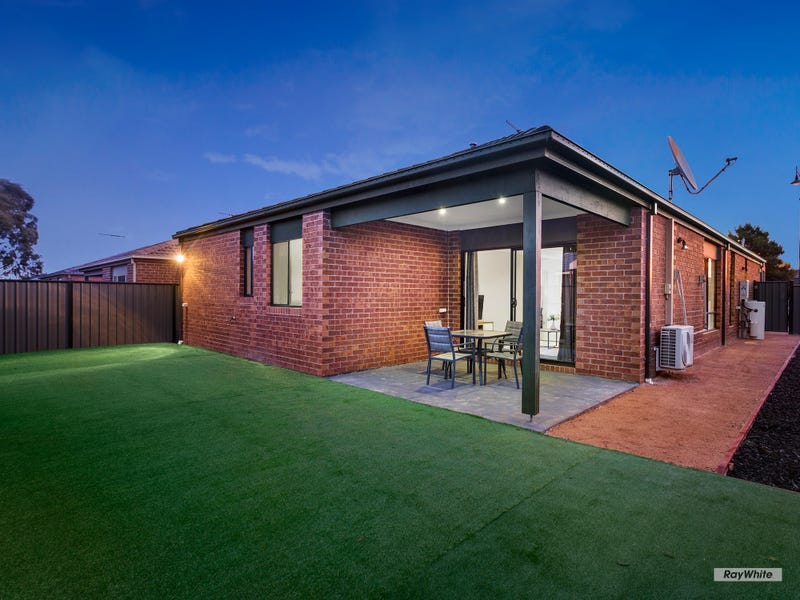 21 JOSEBURY ROAD, Tarneit, Vic 3029