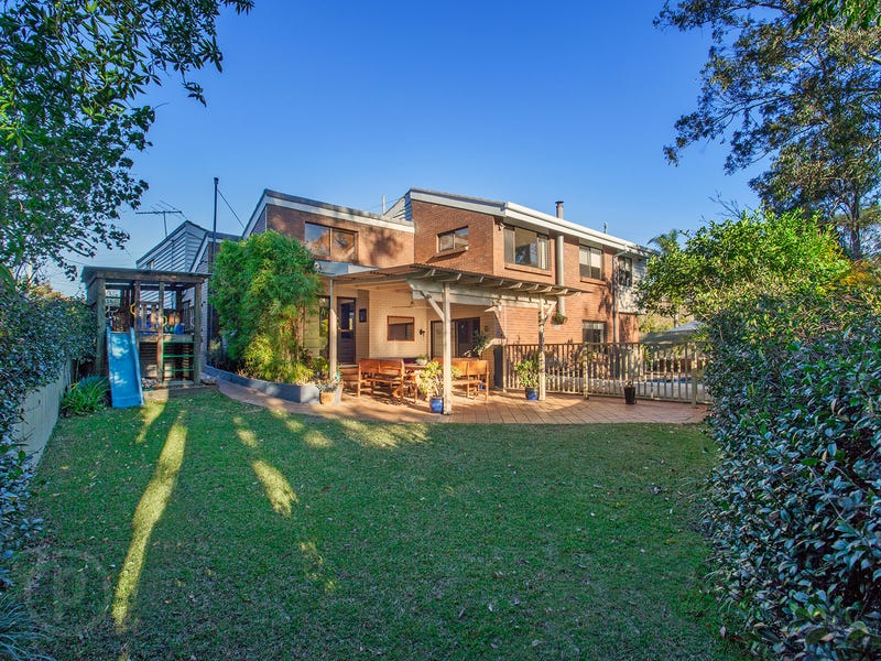 6 Manyung Street, Kenmore, Qld 4069