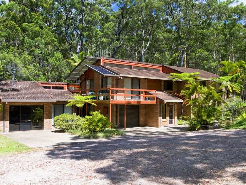 12 Kulla Place, Bonny Hills, NSW 2445