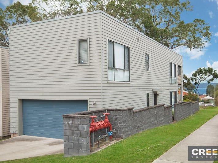 1/37 Laycock Street, Carey Bay, NSW 2283