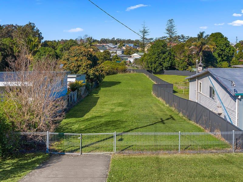 12 Lourdes Avenue, Urunga, NSW 2455