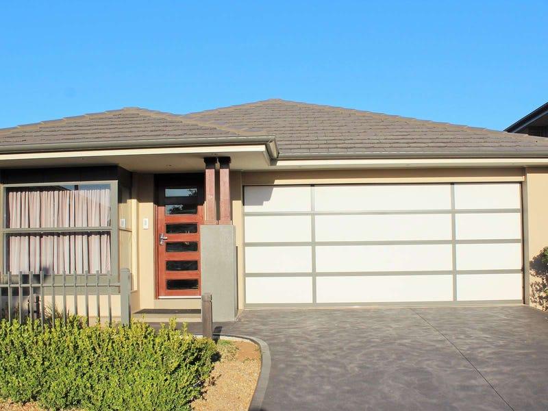 19 Peregrine Street, Gledswood Hills, NSW 2557