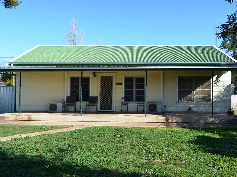1 Strickland Street, Gilgandra, NSW 2827