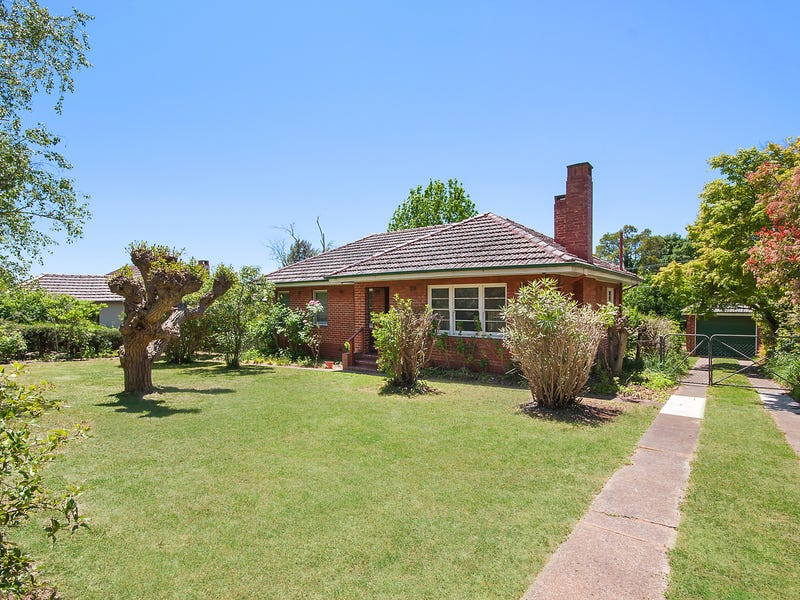 51 Captain Cook Crescent, Griffith, ACT 2603