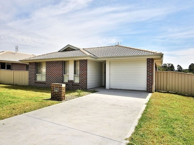 4 Candlebark Close & 2 Flannel Flower Ave, West Nowra, NSW 2541