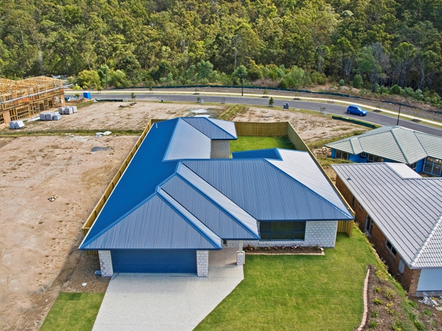 10 Haughton St, Pacific Pines, Qld 4211