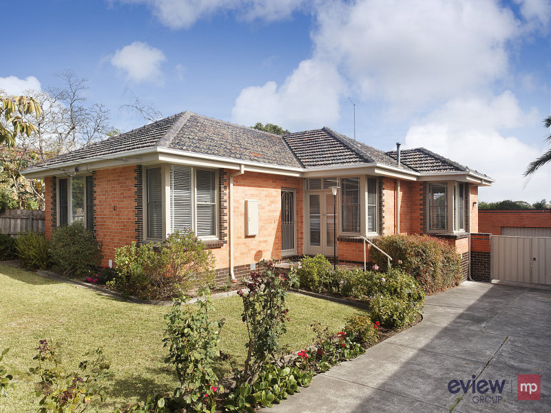 21 Mountain Ash Avenue, Ashwood, Vic 3147