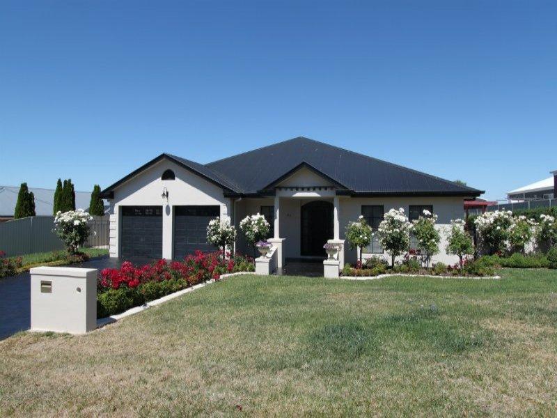 66 Hughes Street, Kelso, NSW 2795