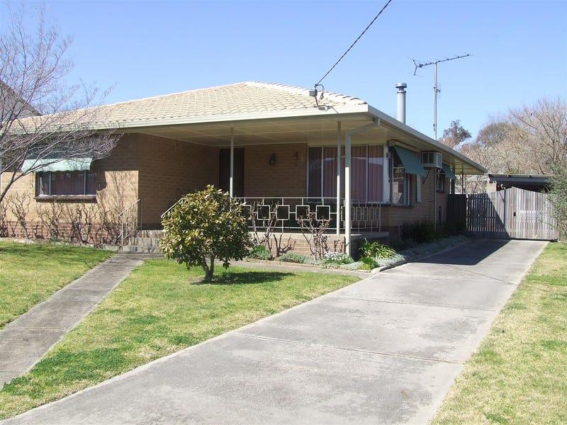 139 Wheeler St, Corryong, Vic 3707